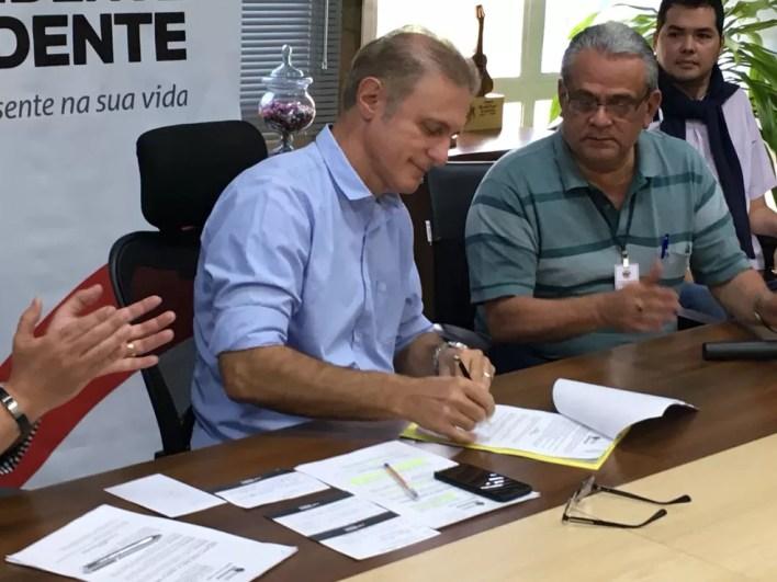 Decreto que regulamenta o Uber foi assinado em Presidente Prudente (Foto: Valmir Custódio/G1)