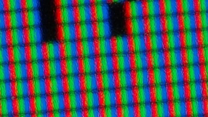 Pixels mortos deixam a tela do monitor com inconvenientes pontos negros (Foto: Reprodução/Flirck – dino.quinzani)
