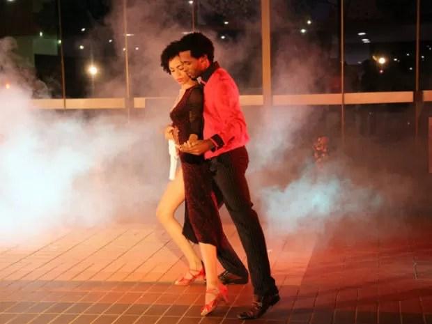 Oficinas de dança acontecem em Camaçari ensinam seis ritmos diferentes (Foto: Divulgação)