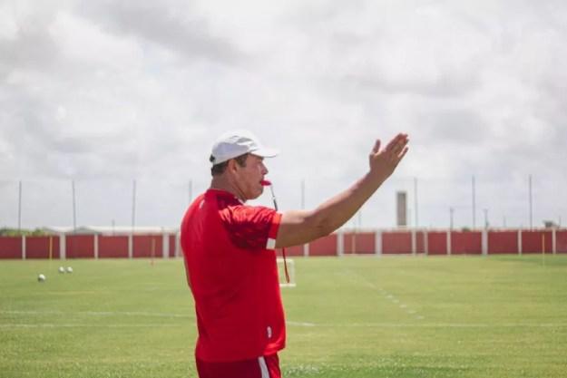Roberto Fernandes deve manter escalação do Galo — Foto: Divulgaçãao/Ascom CRB