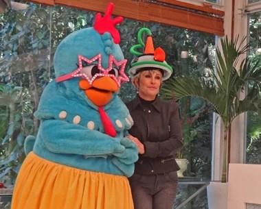 Galinha Pintadinha e Ana Maria (Foto: Mais Você / TV Globo)