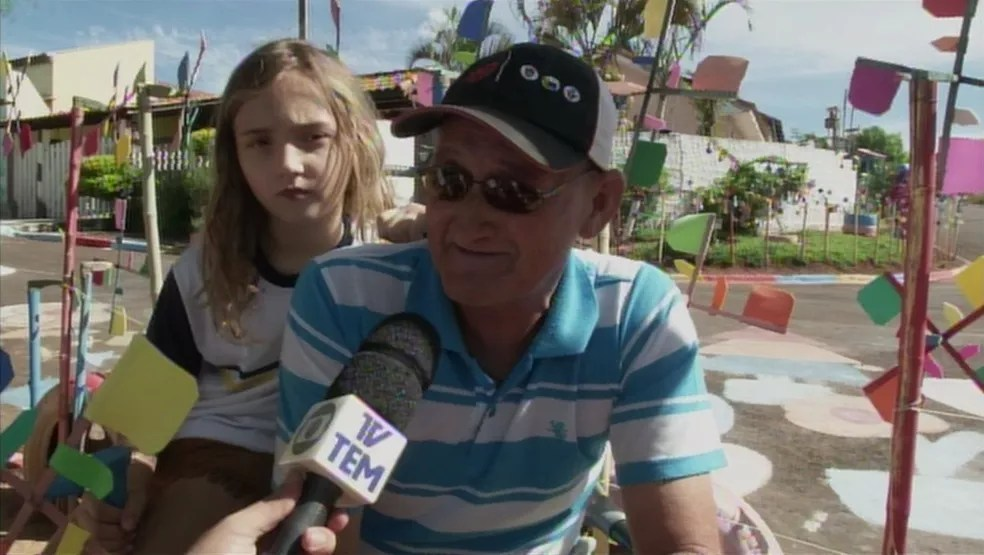 Nezão afirma que os cata-ventos foram para agradecer a cura do câncer (Foto: Reprodução/TV TEM)