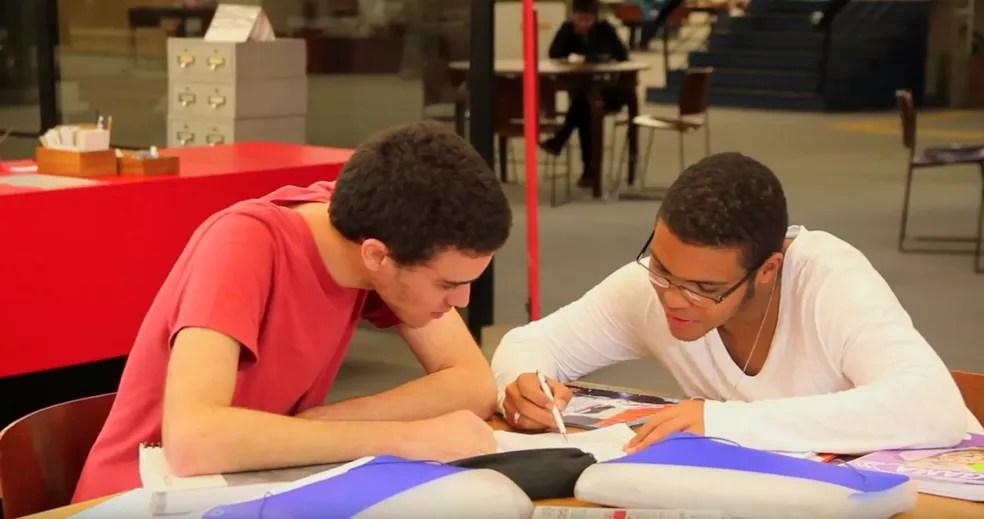 Estudantes do Projeto Gauss. O Projeto atua no DF desde 2017 — Foto: Reprodução