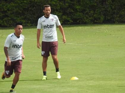 Cueva e Nenê deverão fazer primeiro jogo juntos como titulares do São Paulo (Foto: Marcelo Hazan)