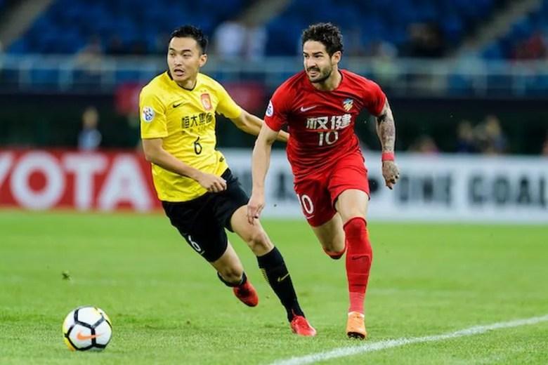 Alexandre Pato rescindiu com Tianjin Tianhai, da China, e vai voltar para o Brasil  — Foto: Reprodução / Twitter