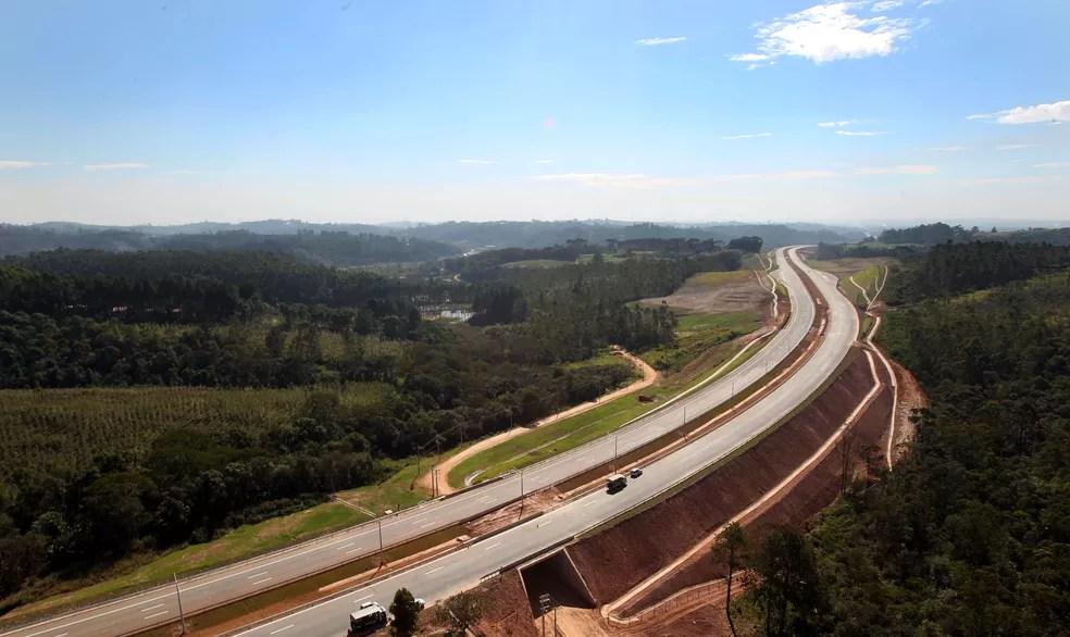 Foto de arquivo mostra vista através de sobrevoo do Rodoanel Trecho Sul, que liga a cidade de Mauá até a rodovia Ayrton Senna, em São Paulo. Foto de julho de 2014 — Foto: Robson Fernandjes/Estadão Conteúdo/Arquivo