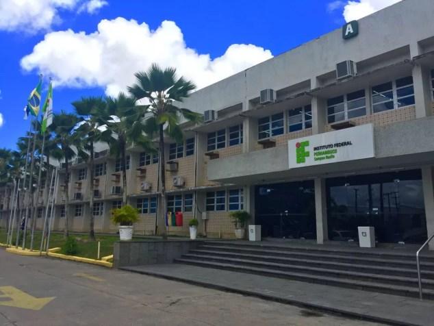 Campus Recife do IFP fica no bairro do Curado, Zona Oeste do Recife — Foto: Augusto César/TV Globo