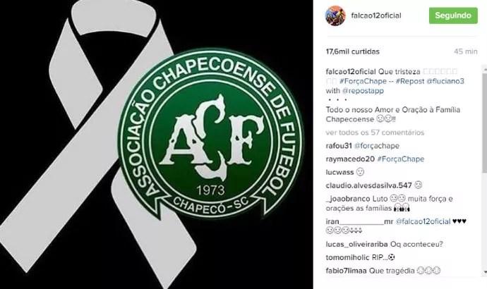 Pelo Instagram, craque Falcão, do Sorocaba Futsal, lamenta acidente com avião da Chapecoense  (Foto: Reprodução/Instragram)