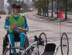 Triatleta Edson Rocha sonha com Jogos Paralímpicos do Rio (Foto: Reprodução SporTV)