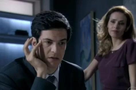 Mateus Solano e Leona Cavalli em cena de 'Amor à vida' (Foto: Reprodução)
