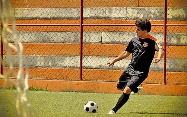Thiago Martins Avenida Brasil (Foto: Divulgação/ Rede Globo)