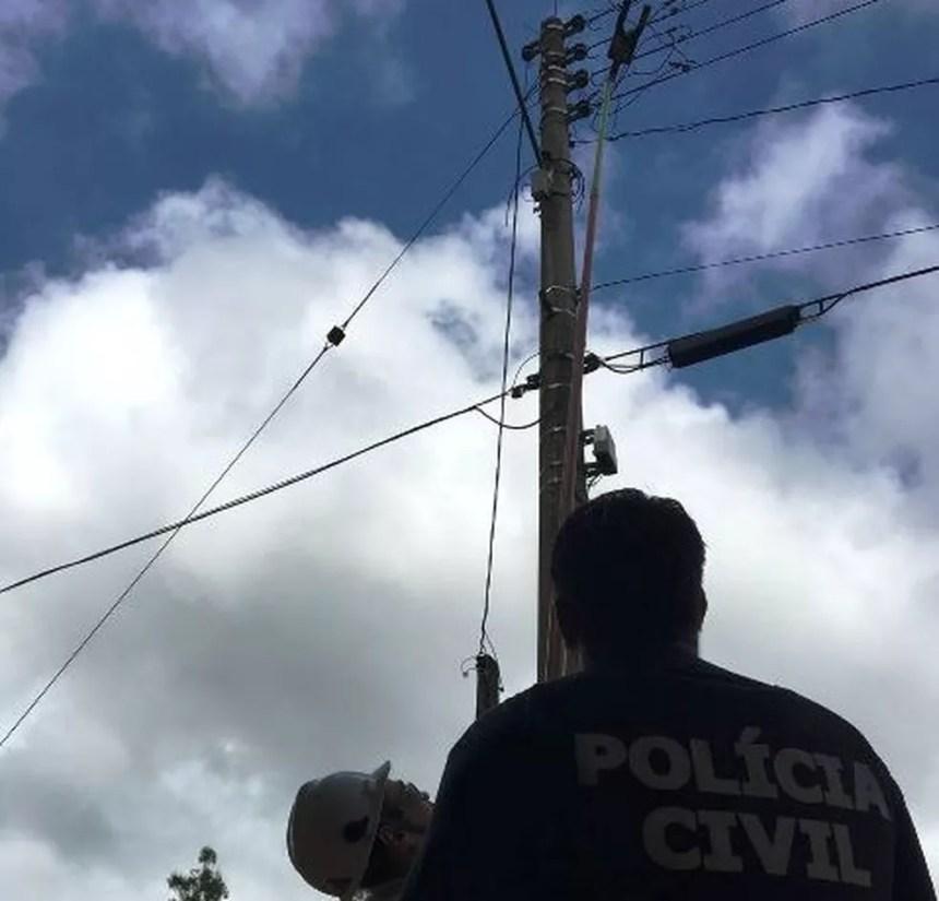 Porte de energia é inspecionado durante operação policial em Gravataí (Foto: Divulgação/Polícia Civil)