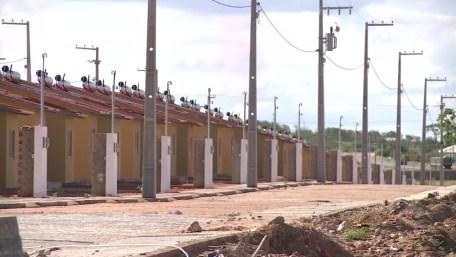 Casas do Programa Minha Casa, Minha Vida em Salgueiro (Foto: Reprodução/ TV Grande Rio)