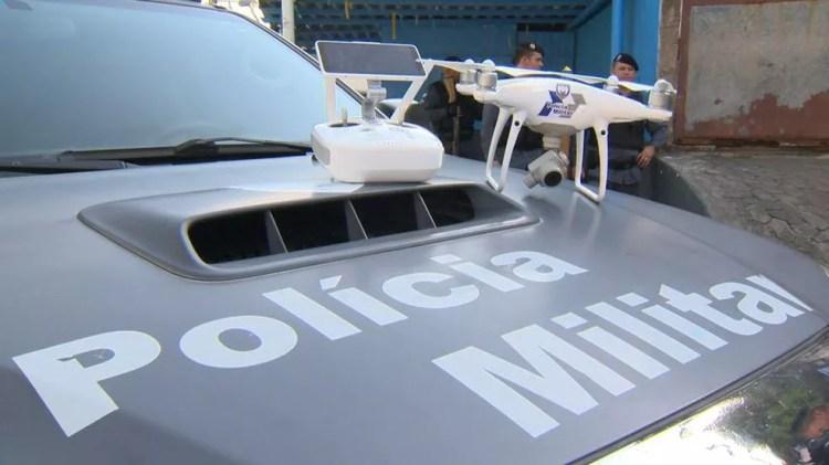 Polícia Militar passa a usar drones em operações — Foto: Carlos Palito / TV Gazeta