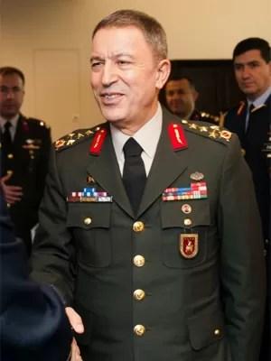 Hulusi Akar, chefe das Forças Armadas da Turquia (Foto: Mikki L. Sprenkle/U.S. Army)