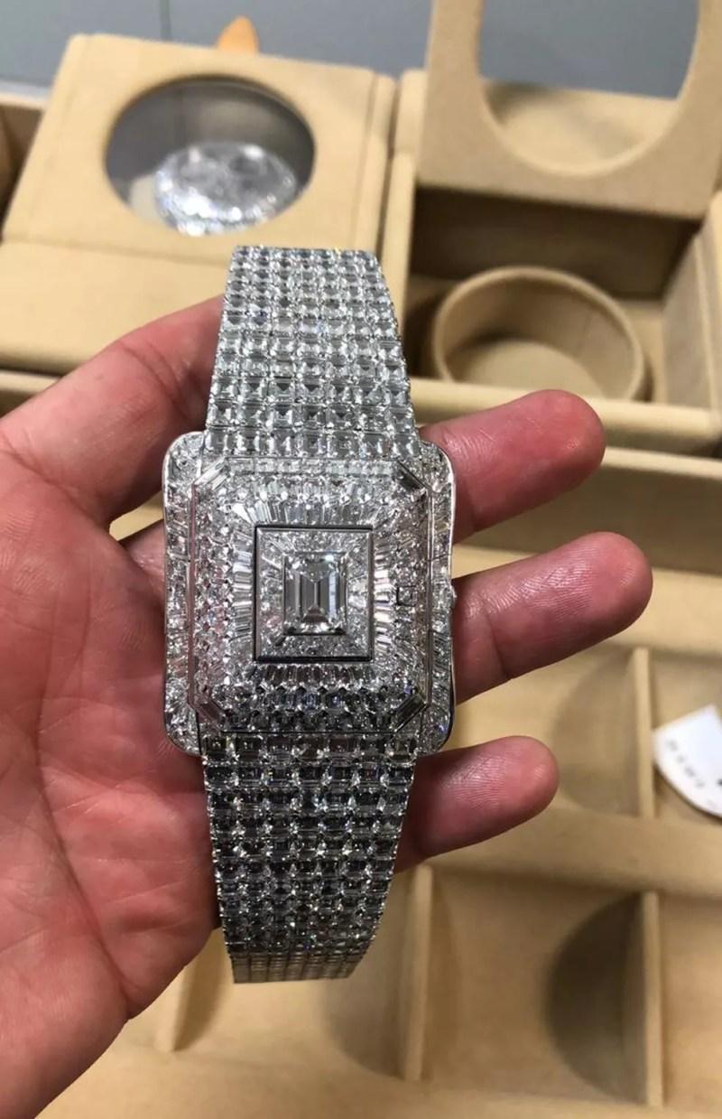 Relógio cravejado de diamantes foi apreendido nas malas não diplomáticas do vice-presidente da Guiné Equatorial — Foto: Divulgação