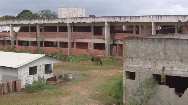 Operação Quadro Negro apura desvios de mais de R$ 20 milhões em obras de escolas estaduais no Paraná — Foto: Reprodução/RPC