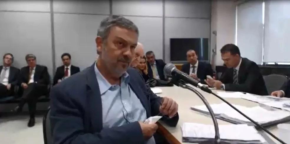 O ex-ministro Antonio Palocci durante depoimento no último dia 20 ao juiz Sergio Moro, responsável pela Lava Jato na primeira instância da Justiça Federal (Foto: Reprodução)