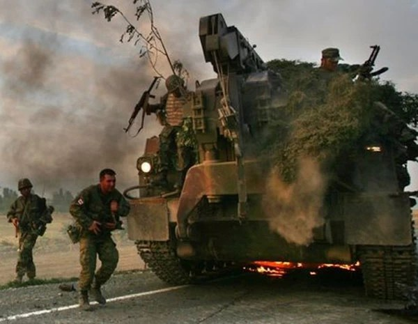 Tanque russo na Georgia. (Foto: Getty Images)