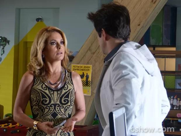 Pamela fala de Herval e Jonas a questiona (Foto: Geração Brasil/TV Globo)