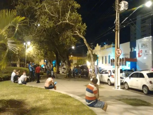 IML de Aracaju informa que necropsia em corpo de ator foi realizada (Foto: Priscilla Bitencourt/TV Sergipe)