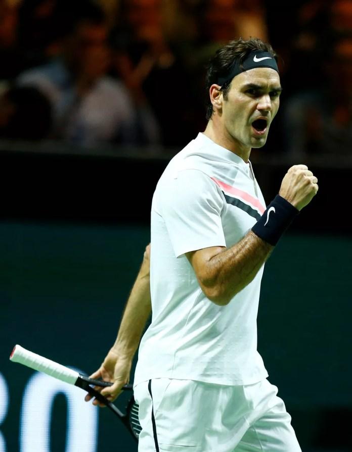 Roger Federer vence em Rotterdã e volta a ser número 1 (Foto: REUTERS/Michael Kooren)