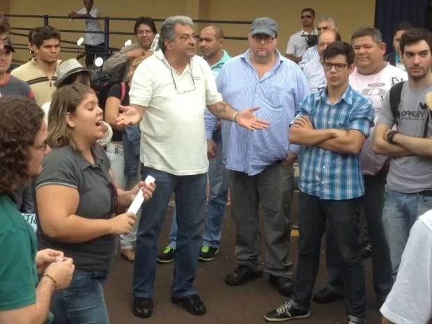 Paulo Magalhães, delegado aposentado da Polícia Civil, em reunião na Câmara de Campo Grande (Foto: Fabiano Arruda/ G1 MS)