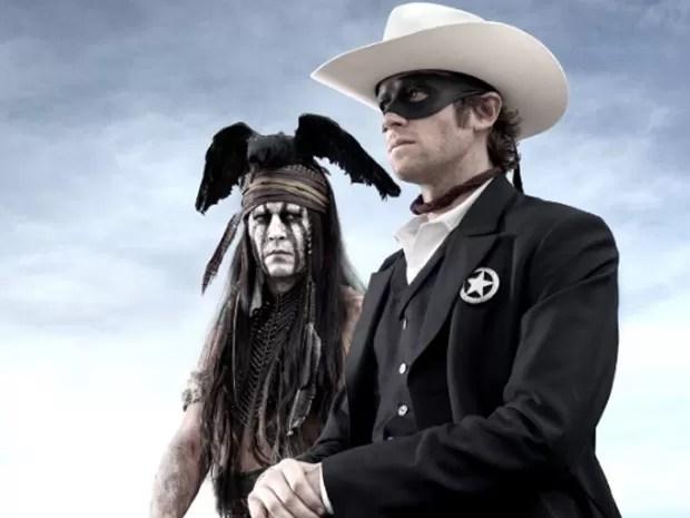 Johnny Depp e Armie Hammer em cena do filme 'O cavaleiro solitário' (Foto: Divulgação)