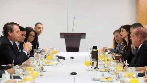 Bolsonaro recebeu jornalistas para café da manhã no Palácio do Planalto — Foto: Marcos Corrêa/PR