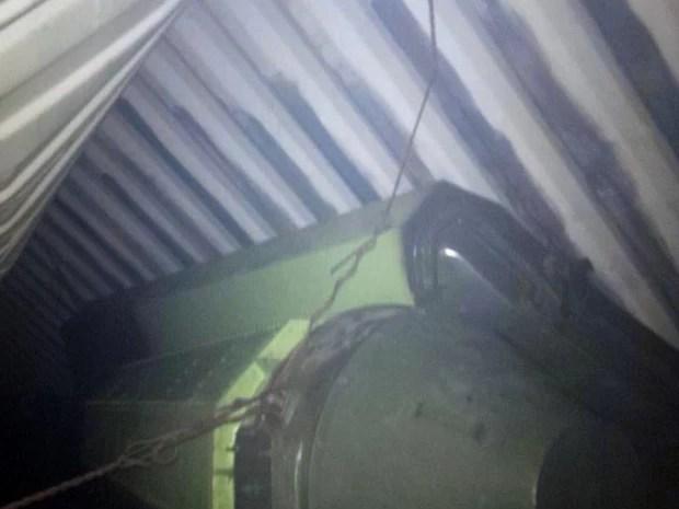 Foto divulgada pelo presidente do Panamá, Ricardo Martinelli, em seu Twitter, mostra o que ele chama de 'sofisticado equipamento de míssil, não permitido', apreendido em navio norte-coreano de carga na costa panamenha (Foto: AFP)