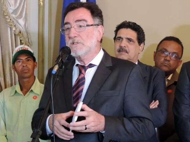 Ministro Patrus Ananias destacou que recursos do Plano Safra cresceram mesmo com crise (Foto: Marina Barbosa / G1)