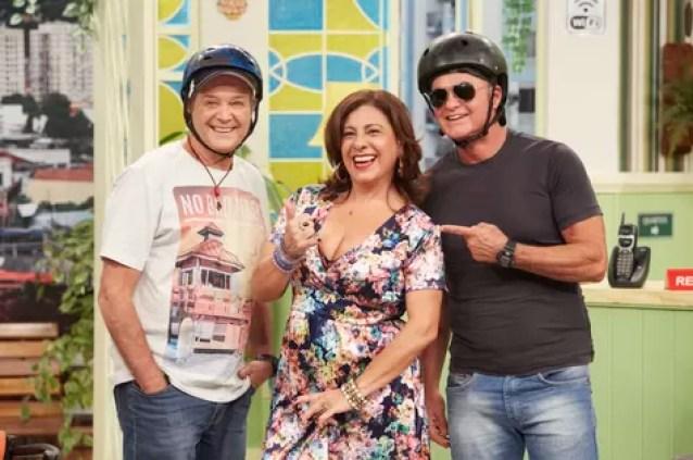 Andre De Biase e Kadu Moliterno com Catarina Abdalla  (Foto: Juliana Coutinho/Divulgação Multishow)