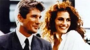 Executivo milionário e solitário contrata uma jovem prostituta para lhe fazer companhia por uma semana. Aos poucos, ele se encanta e fica apaixonado pela moça.