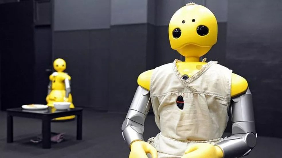 Tecnologia está cada vez mais integrada aos ambientes de trabalho. (Foto: Reprodução/BBC)