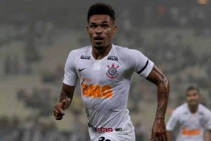 Jogadores do Corinthians usaram faixa preta no braço esquerdo — Foto: Daniel Augusto Jr/Ag.Corinthians