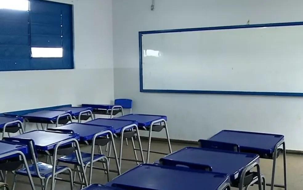 Sala de aula de escola em Goiânia — Foto: Reprodução/TV Anhanguera