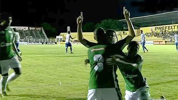 gol Luverdense x Avaí (Foto: SporTV)