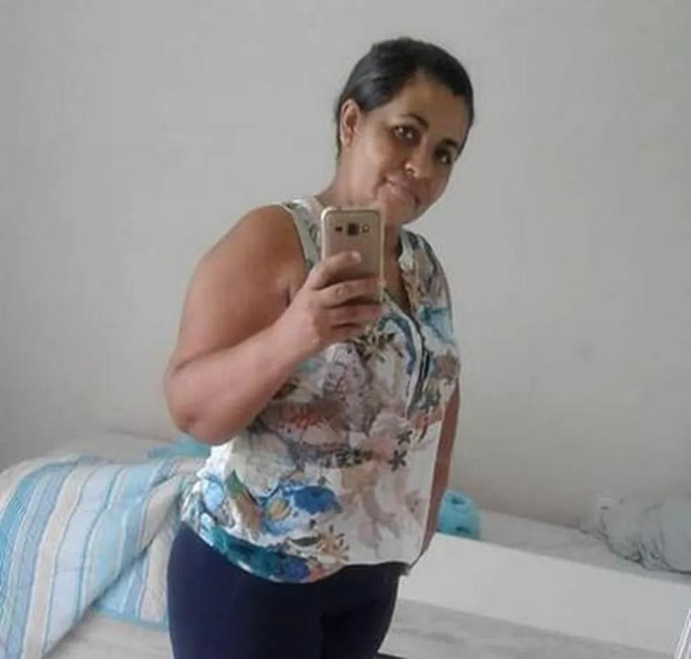 Silvinha Pereira da Silva, de 38 anos, morreu após ser atropelada por policial — Foto: Arquivo da família