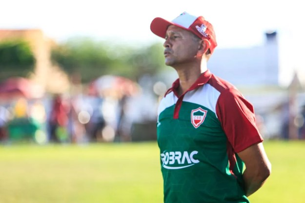 Jaelson Marcelino, técnico do CSE — Foto: Ailton Cruz/Gazeta de Alagoas