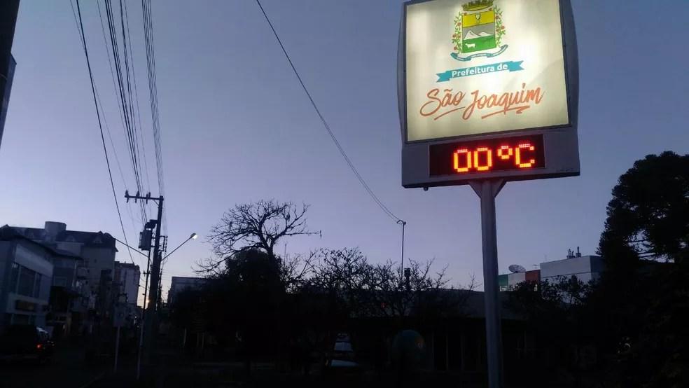 Frio é intenso na Serra de SC nesta terça-feira (Foto: Wagner Urbano/Divulgação)