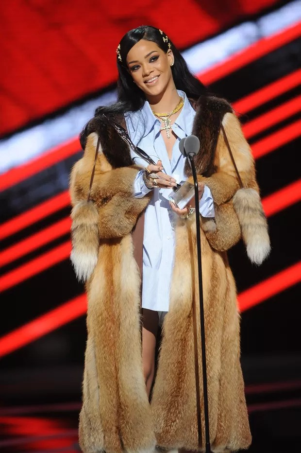 Rihanna em premiação em New Jersey, nos Estados Unidos (Foto: Brad Barket/ Getty Images)