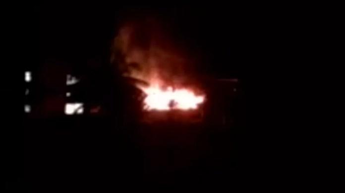 Moradora gravou CT do Flamengo em chamas — Foto: Reprodução/GloboNews