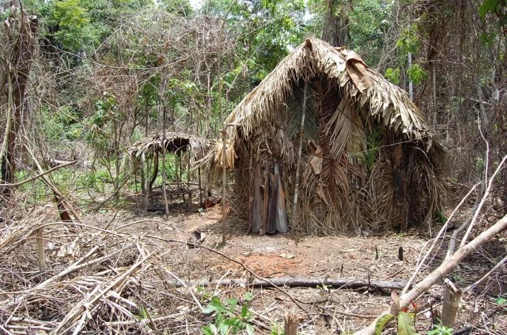 Casa construída pelo indígena (Foto: Divulgação/Funai)