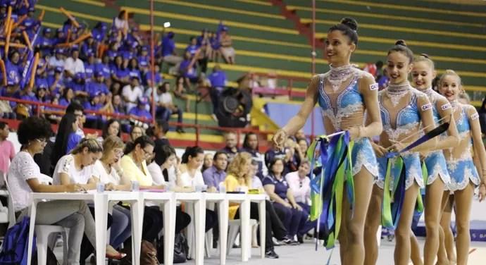 Selelção Brasileira de Ginástica Rítimica; treino; Aracaju; simulação com jurados (Foto: João Áquila/GloboEsporte.com)