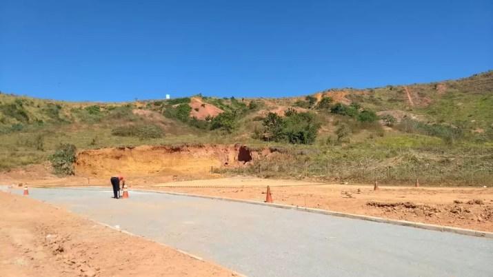 Crime foi em um loteamento na zona rural de Naque — Foto: Wellington Silveira/ Inter TV