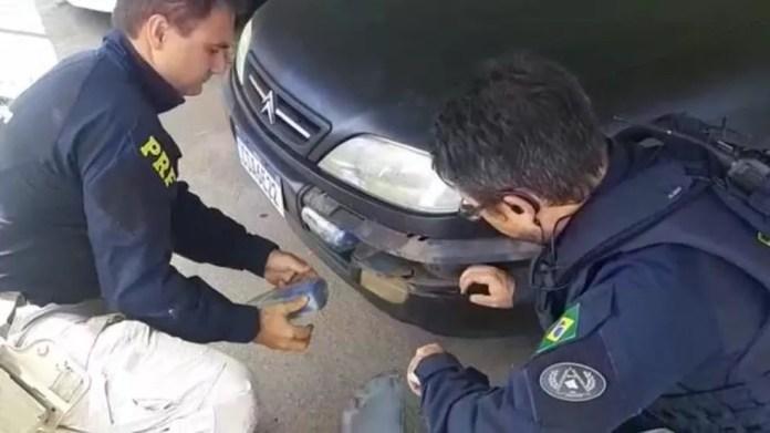 Material seria entregue em Belo Horizonte, diz PRF. — Foto: Polícia Rodoviária Federal/Divulgação