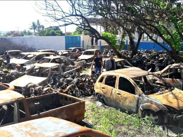 Mais de 100 carros foram incendiados pelos menores em Itiquira (Foto: Divulgação/Polícia Civil de MT)