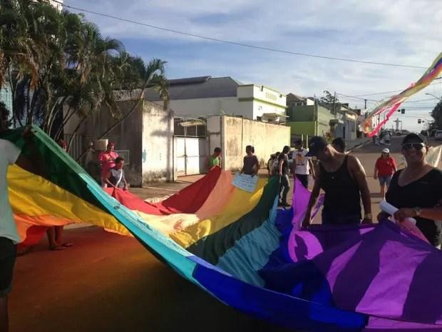 Marcha acreana contra a homofobia, em Rio Branco (Foto: Júnia Vasconcelos / Arquivo Pessoal)