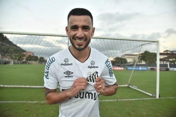 Camacho, novo volante do Santos — Foto: Ivan Storti/Santos FC