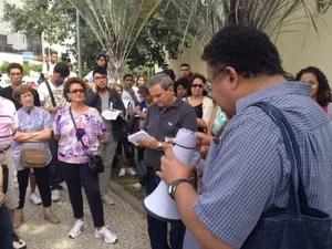 Professor João Baptista de Mello é responsável pelo projeto. (Foto: Mariucha Machado/G1)